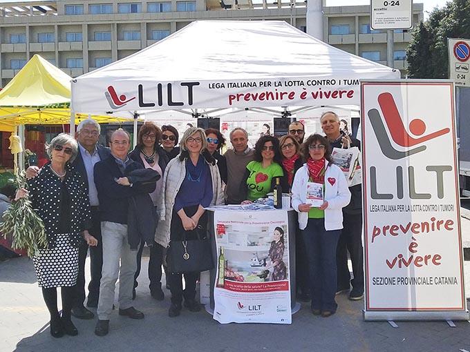 I volontari della Lilt di Catania alla Settimana Nazionale di Prevenzione Oncologica 2016